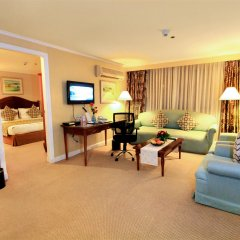 Отель Oxford Suites Makati Филиппины, Макати - отзывы, цены и фото номеров - забронировать отель Oxford Suites Makati онлайн комната для гостей фото 4