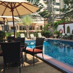Отель Stable Lodge бассейн фото 2