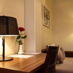 Отель Bass Boutique Hotel Армения, Ереван - 1 отзыв об отеле, цены и фото номеров - забронировать отель Bass Boutique Hotel онлайн удобства в номере фото 2