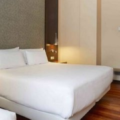 Отель NH Barcelona Eixample Испания, Барселона - отзывы, цены и фото номеров - забронировать отель NH Barcelona Eixample онлайн комната для гостей фото 3