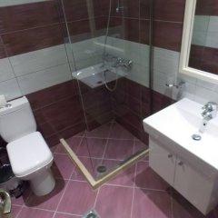 Отель Villa Qendra Албания, Ксамил - отзывы, цены и фото номеров - забронировать отель Villa Qendra онлайн ванная фото 2