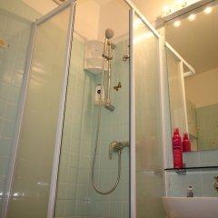 Отель Nice Booking - Royal Luxembourg Piscine Ницца ванная фото 2