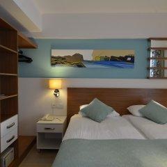Side Resort Hotel сейф в номере