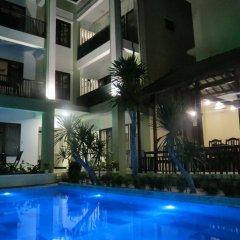 Отель Starfruit Homestay Hoi An бассейн