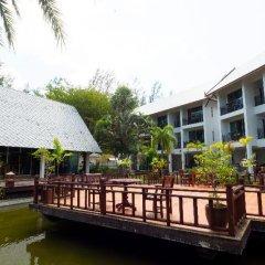 Отель Royal Lanta Resort & Spa Таиланд, Ланта - 1 отзыв об отеле, цены и фото номеров - забронировать отель Royal Lanta Resort & Spa онлайн приотельная территория фото 2
