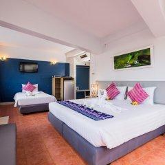 On Hotel Phuket комната для гостей