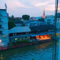 Baan Nampetch Hostel Бангкок бассейн фото 2
