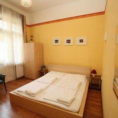 Апартаменты Club Apartment Budapest сейф в номере