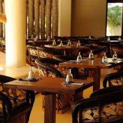 Отель Las Palmas Resort & Beach Club питание