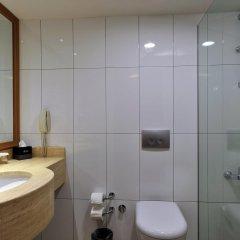 Отель Divan Istanbul City ванная фото 2
