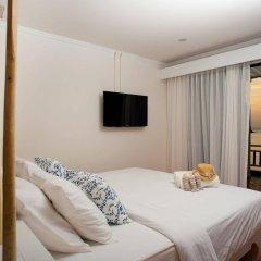 At Zea Hotel Phuket комната для гостей фото 5