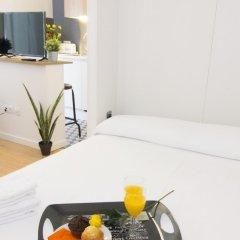 Отель Living Valencia - Corregeria в номере