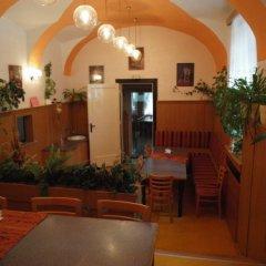 Hotel Jana / Pension Domov Mladeze фото 5