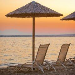 Отель Coral Blue Beach пляж