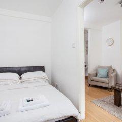 Апартаменты Basic Apartment for Two Amazing Location Лондон комната для гостей фото 3