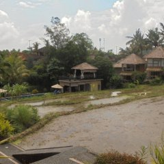 Отель Biyukukung Suite & Spa пляж