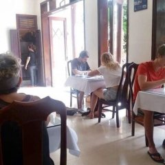 Nhi Trung Hotel питание фото 3