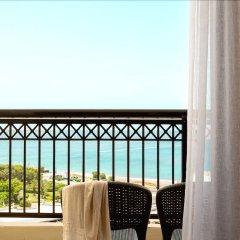 Отель smartline Cosmopolitan Hotel Греция, Родос - отзывы, цены и фото номеров - забронировать отель smartline Cosmopolitan Hotel онлайн балкон