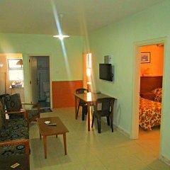 Отель Sufara Hotel Suites Иордания, Амман - отзывы, цены и фото номеров - забронировать отель Sufara Hotel Suites онлайн комната для гостей фото 2