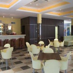 Отель Панорама Болгария, Албена - отзывы, цены и фото номеров - забронировать отель Панорама онлайн гостиничный бар