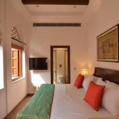Отель WelcomHeritage Haveli Dharampura комната для гостей фото 5