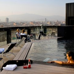 Отель Barcelo Raval Барселона бассейн фото 3