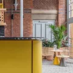 Отель Whitworth Locke Великобритания, Манчестер - отзывы, цены и фото номеров - забронировать отель Whitworth Locke онлайн интерьер отеля фото 3