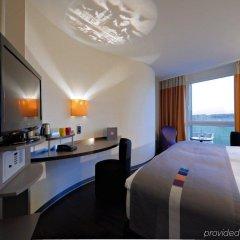 Отель Radisson Hotel Zurich Airport Швейцария, Рюмланг - 2 отзыва об отеле, цены и фото номеров - забронировать отель Radisson Hotel Zurich Airport онлайн удобства в номере