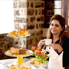 Отель The Hill Club Шри-Ланка, Нувара-Элия - отзывы, цены и фото номеров - забронировать отель The Hill Club онлайн питание фото 2