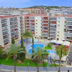 Отель Apartamentos Los Peces Rentalmar Испания, Салоу - 1 отзыв об отеле, цены и фото номеров - забронировать отель Apartamentos Los Peces Rentalmar онлайн бассейн фото 3