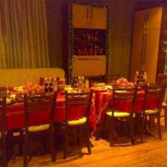 Отель Iundova Guest House Болгария, Боровец - отзывы, цены и фото номеров - забронировать отель Iundova Guest House онлайн питание фото 2