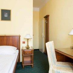 Hotel William сейф в номере
