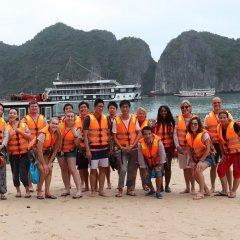 Отель Halong Serenity Cruise Вьетнам, Халонг - отзывы, цены и фото номеров - забронировать отель Halong Serenity Cruise онлайн пляж