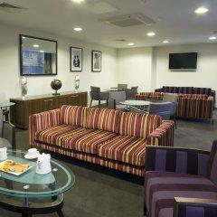 Отель Holiday Inn Stevenage интерьер отеля фото 2
