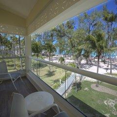 Отель Vista Sol Punta Cana Beach Resort & Spa - All Inclusive Доминикана, Пунта Кана - 1 отзыв об отеле, цены и фото номеров - забронировать отель Vista Sol Punta Cana Beach Resort & Spa - All Inclusive онлайн балкон