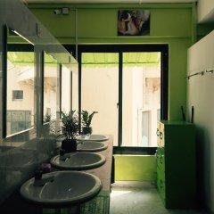 Colombo Downtown Monkey Hostel ванная
