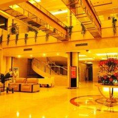 Huifeng International Garden Hotel интерьер отеля