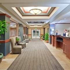Отель Holiday Inn Express & Suites Ashland сауна