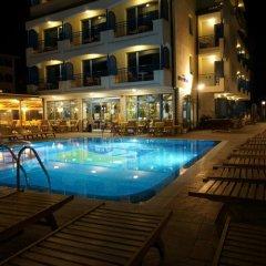 Отель Bora Bora Болгария, Солнечный берег - отзывы, цены и фото номеров - забронировать отель Bora Bora онлайн бассейн