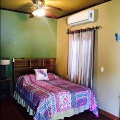 Отель Anchor Inn Гондурас, Остров Утила - отзывы, цены и фото номеров - забронировать отель Anchor Inn онлайн комната для гостей фото 5