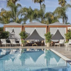 Отель Four Seasons Los Angeles at Beverly Hills бассейн