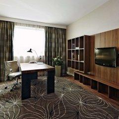Отель Hilton Sofia Болгария, София - отзывы, цены и фото номеров - забронировать отель Hilton Sofia онлайн удобства в номере фото 2