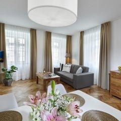 Отель DownTown Suites Mala Strana Чехия, Прага - отзывы, цены и фото номеров - забронировать отель DownTown Suites Mala Strana онлайн комната для гостей фото 4