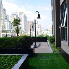Отель Wooden Suites (the Rich @sathorn-taksin) Бангкок балкон
