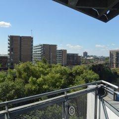 Апартаменты 2 Bedroom Apartment With Balcony Overlooking River балкон