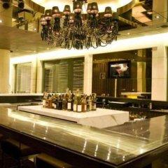 Отель Grand New Delhi Нью-Дели гостиничный бар