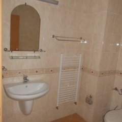 Отель Zdravnitza Sunmarina Health Resort Болгария, Поморие - отзывы, цены и фото номеров - забронировать отель Zdravnitza Sunmarina Health Resort онлайн ванная