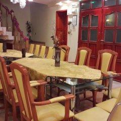 Отель Rai Болгария, Шумен - отзывы, цены и фото номеров - забронировать отель Rai онлайн питание фото 3