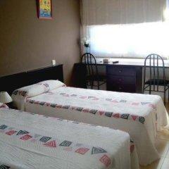 Отель Hostal Julian Brunete Брунете в номере