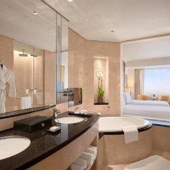 Отель Conrad Dubai ОАЭ, Дубай - 2 отзыва об отеле, цены и фото номеров - забронировать отель Conrad Dubai онлайн ванная